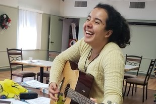 15 Songs in Spanish for Music Therapy | MusicWorx